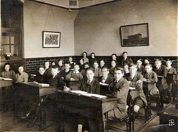 parade-school-1921
