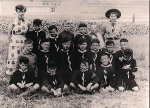 Pas geïnstalleerde welpen van de St. Paulusgroep, 1954