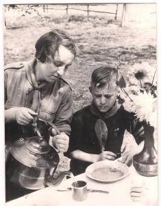 Kampontbijt welpen M'Bagagroep, 1955