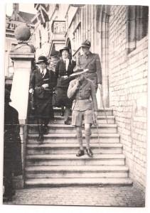 Lady Baden-Powell (midden) bezoekt Bergen op Zoom, 5 oktober 1947