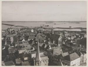 De Halsterse polders gezien vanaf de gereformeerde kerk in Tholen.