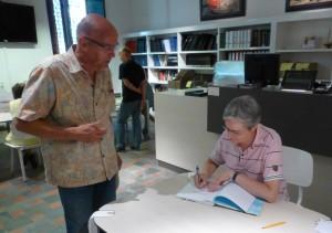 Johan van Geel is de gelukkige eigenaar van het boek met een opdracht van Yolande