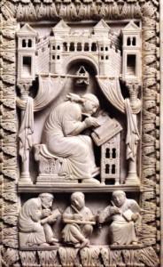 Ivoren boekomslag uit het Kunsthistorisch Museum in Wenen (9de eeuw): Gregorius krijgt de muziek ingefluisterd door de Heilige Geest