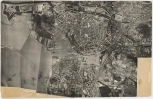 Luchtfoto Bergen op Zoom anno 1930