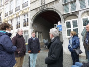 Jan Weyts vertelt over 'Oliphant en Draeke' en ontstaan van Sint Annastraat