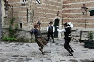 Altijd al eens willen zwaardvechten? U leert de fijne kneepjes tijdens demonstraties in het Markiezenhof