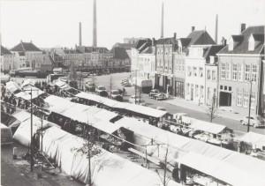 De beeldbank van het Markiezenhof dateert deze foto op oktober1955. Klopt dat ook?