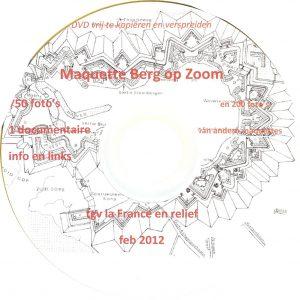De DVD die dankzij samenwerking van excursiedeelnemers tot stand kwam, bevat ook de bestanden, nodig voor de virtuele stadswandeling 1747